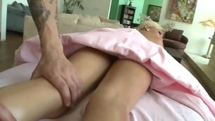 Chick gets salacious drilling till jizz flow spews on her twat